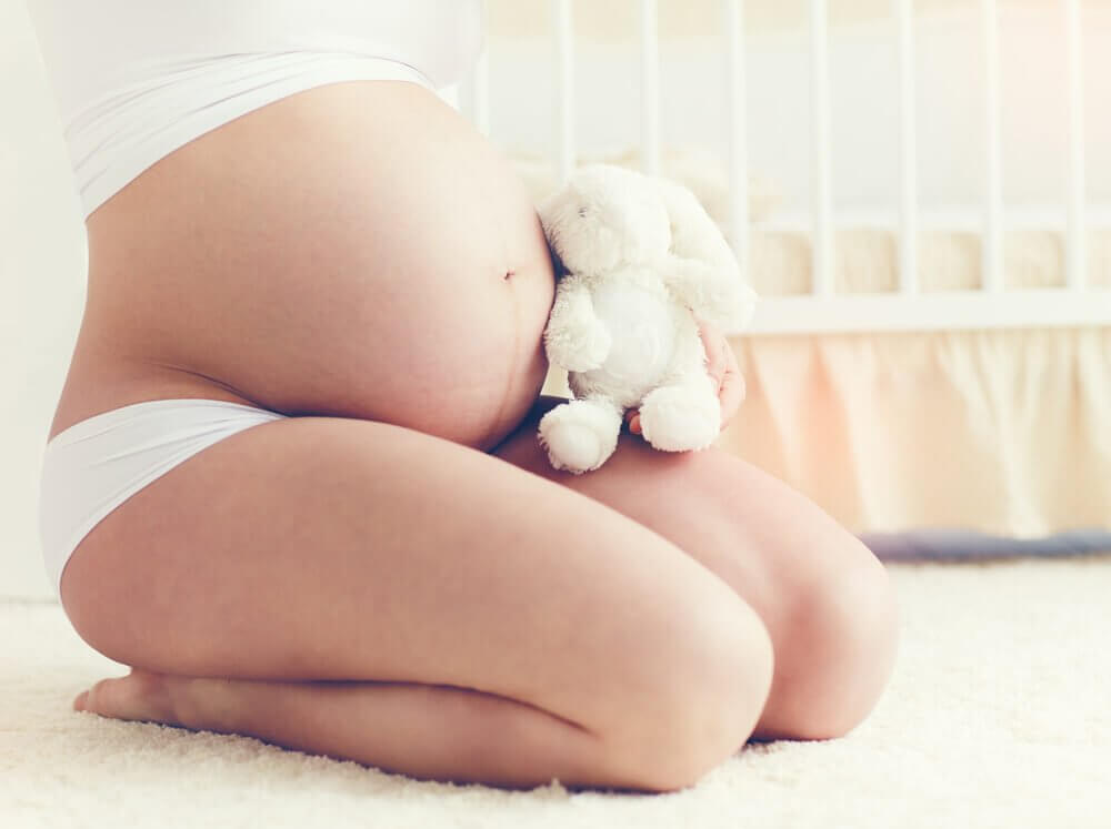 Gravid kvindemave