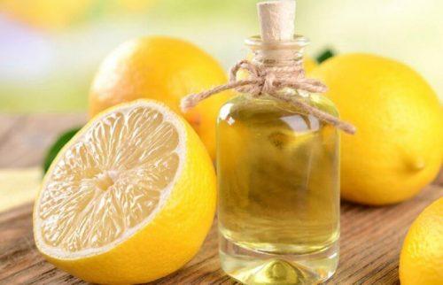 2 måder at lave æterisk citronolie