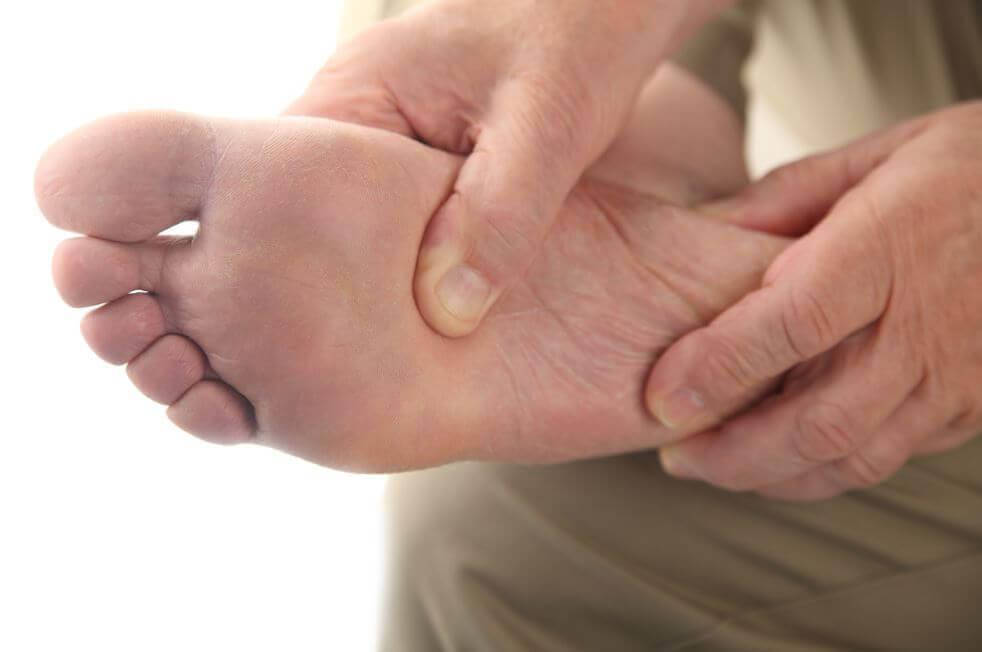 Sådan plejer du din diabetiske fod derhjemme