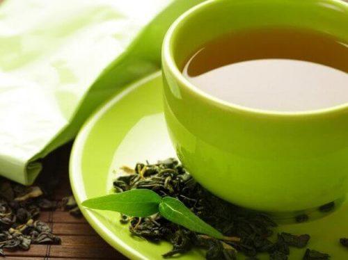 Kop med grøn te