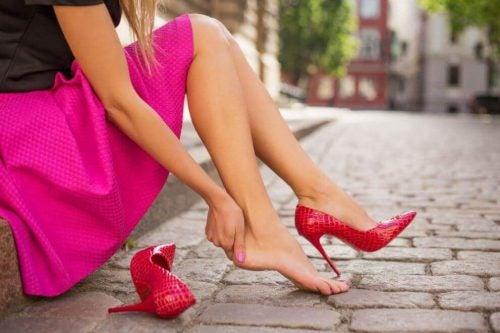4a99369ad7b 5 tips for at undgå, at dine nye sko gør ondt — Bedre Livsstil