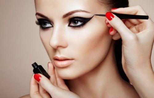 Se fabelagtig ud med disse 7 make-up tricks