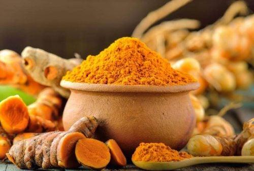 3 sunde og alsidige opskrifter med gurkemeje