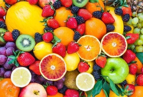 Find ud af hvilke frugter, der fremmer vægttab