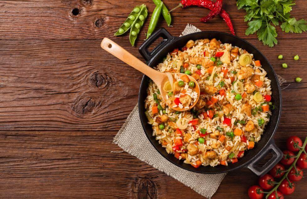 Ris med kylling: Den perfekte smagskombination