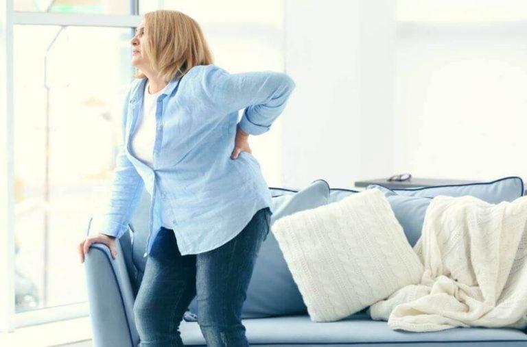 Sådan slipper du af med rygsmerter