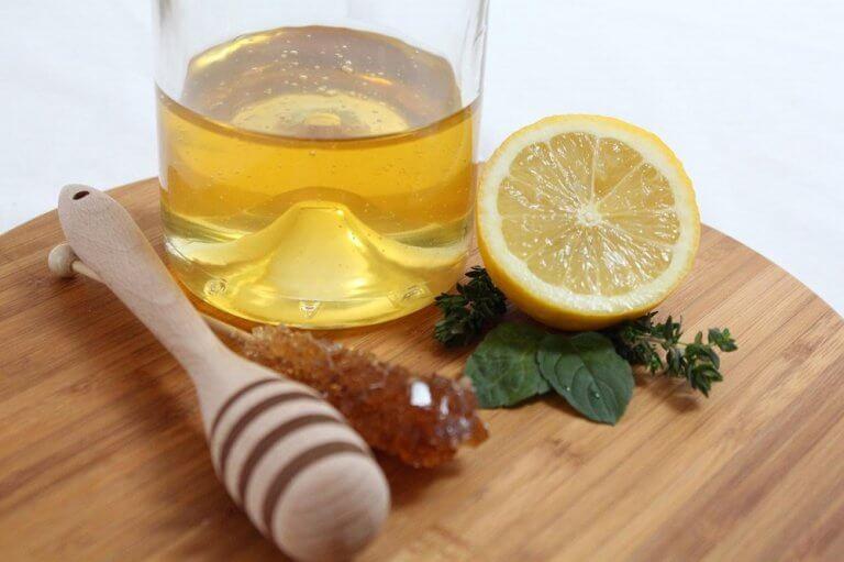 Citron og olivenolie.
