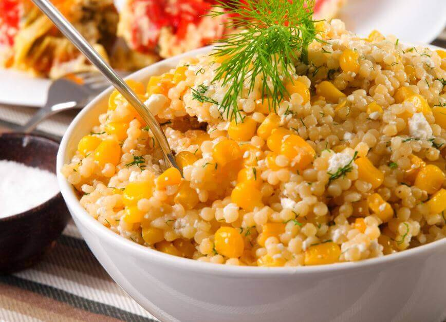 quinoa-majs-salat