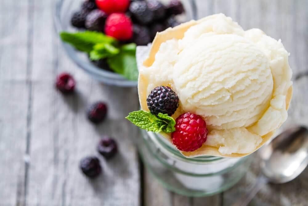 Vaniljeis med lavt kalorieindhold.