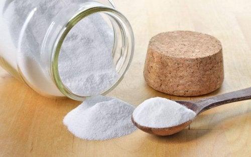 Hvid pulver i glas