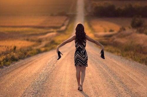 5 tips til at gøre det mere behageligt at gå i høje hæle