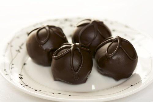 Nemme opskrifter på chokoladetrøfler