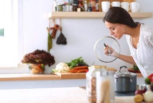 4 tricks til at eliminere dårlig lugt fra afløbet