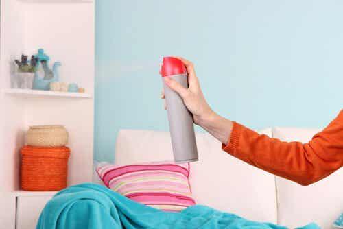 5 måder at fjerne lugten af fugt i hjemmet