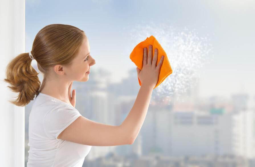 Sådan pudser du dine vinduer bedre