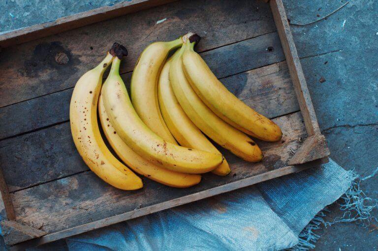 5 bananmasker til at gøre din hud og hår smukt
