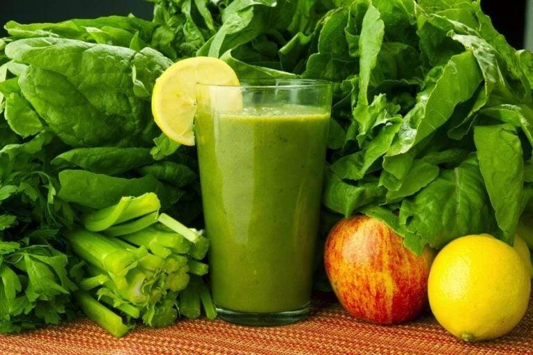 Spinat, gulerødder og citron til at fjerne toksiner