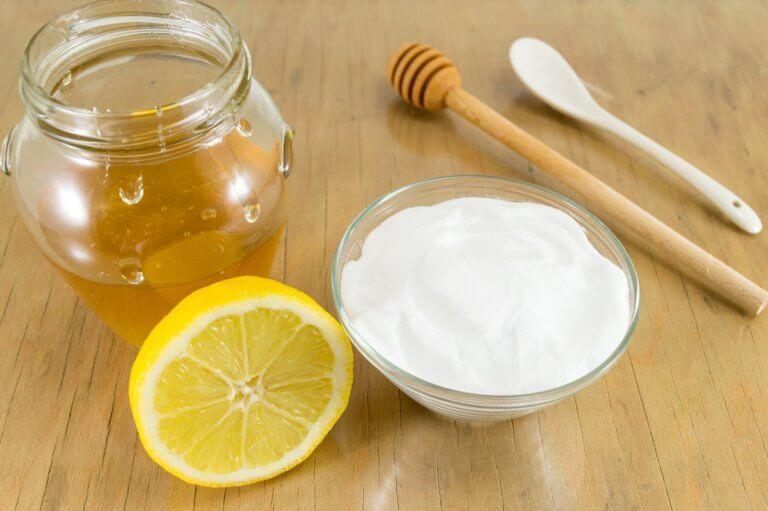 Natron og honning til bedre sundhed