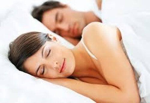 Bekæmp søvnløshed med disse fire tips