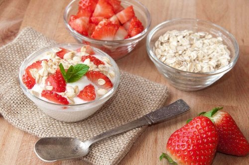 Morgenmad med jordbær
