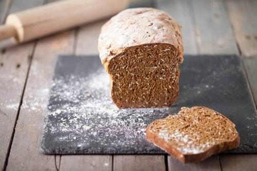 Fuldkorns brød