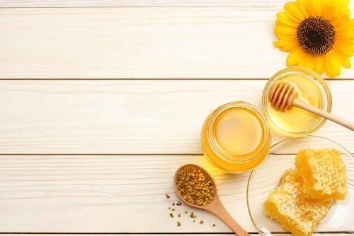 honning til at behandle forbrændinger