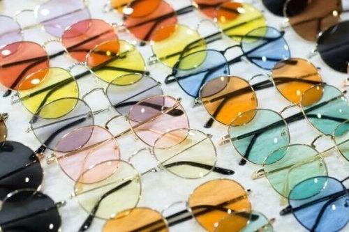 Sørg for at sikre dine øjne mod solens skadelige stråler