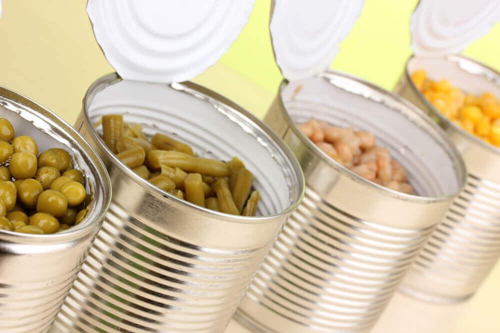 forarbejdede fødevarer på dåse