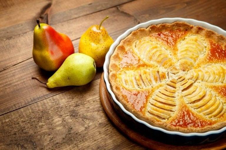 Lækker og sund pæretærte når du er på kur