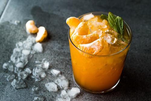 Lækre opskrifter på mandarin mojito i varmen