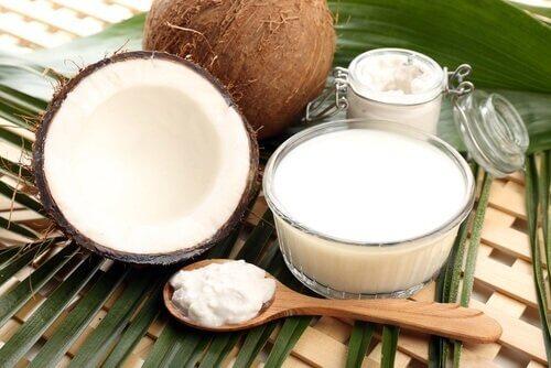 Kokos er fuldt af aminosyrer og sunde fedtsyrer