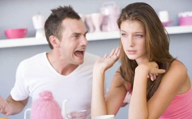 Seks uacceptable verbale overgreb, du ikke skal finde dig i