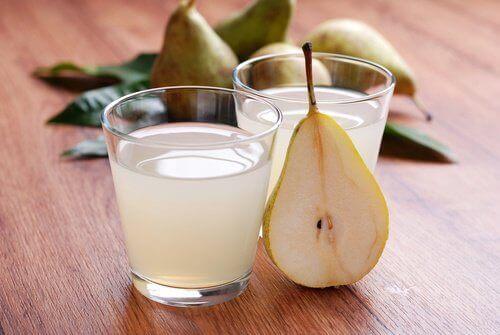 Pæresaft har afførende og antiinflammatoriske egenskaber