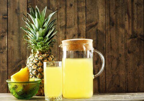 Ananasskræl indeholder meget kraftfulde og gavnlige enzymer