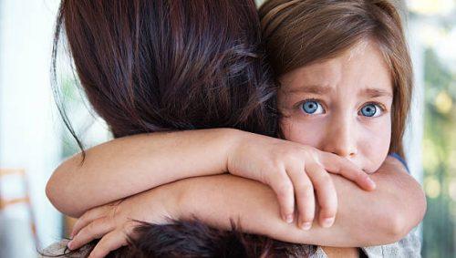 ængstelig tilknytning i barndommen