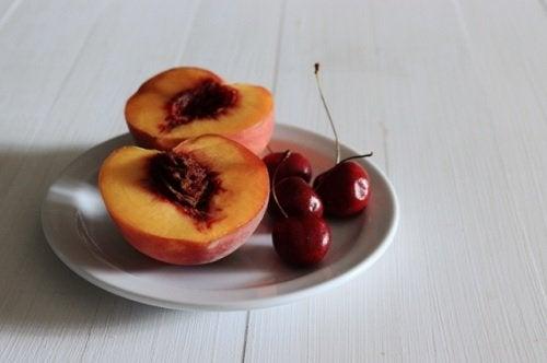 Kirsebær har antiinflammatoriske egenskaber og er dermed gode til at bekæmpe leddegigt