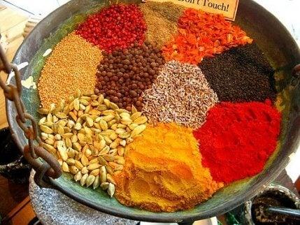 Bestemte krydderier kan sætte gang i dit stofskifte