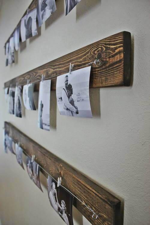 Giv dit hjem et rustisk præg med en planke med fotos
