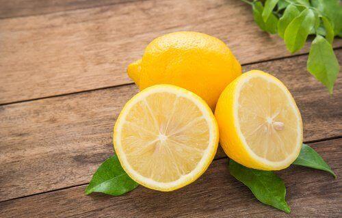 5 utrolige citron skønhedsbehandlinger du kan lave hjemme