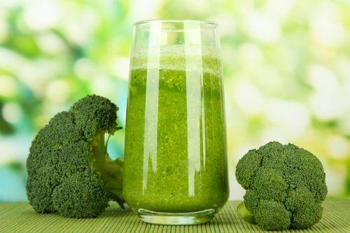 Denne grønne juice er fuld af vitaminer og mineraler