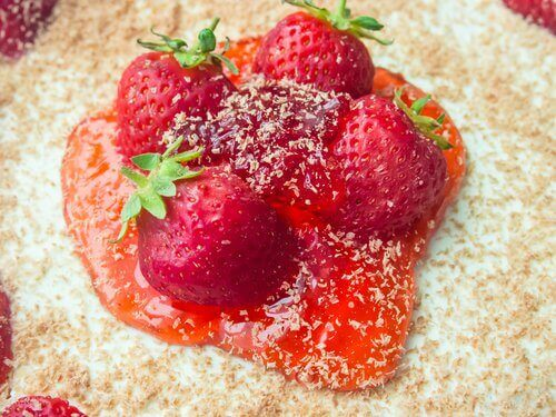 Jordbær er rige på C-vitamin, folinsyre, mangan, jod og kalium