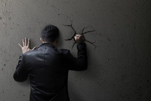 Undertrykkelse af dine følelser øger din angst