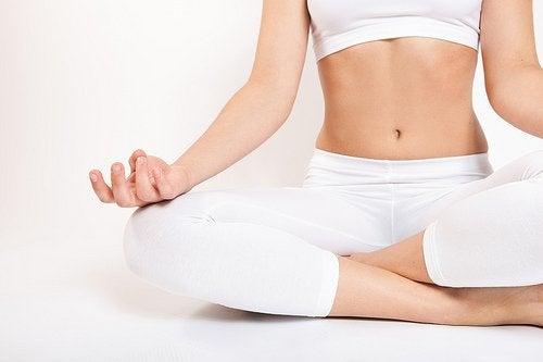 Yoga kan hjælpe dig med at tabe dig