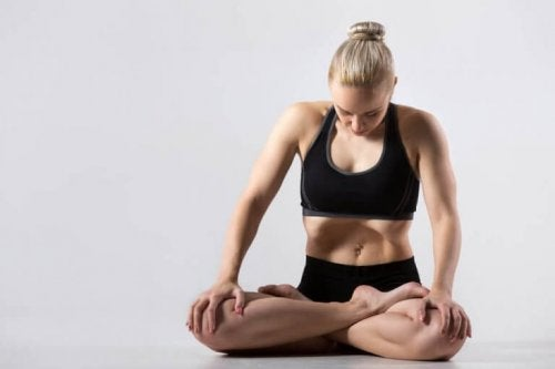 Yoga styrker dine muskler og led