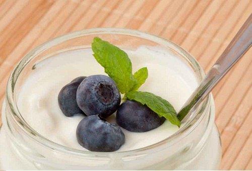 Yoghurt hjælper med at balancere din tarmflora