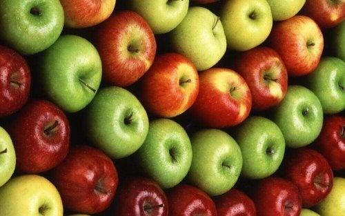 Æbler er fulde af antioxidanter og hjælper med at afgifte kroppen
