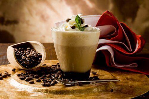 Sukkerholdige kaffedrikke er usunde