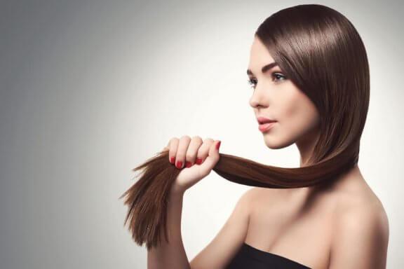 5 naturlige måder at styrke fint hår på
