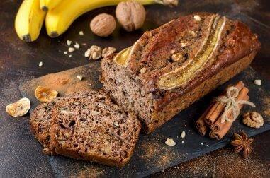 Prøv dette udsøgte bananbrød med honning og kanel