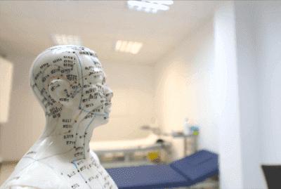 Auriculoterapi mod Parkinson's